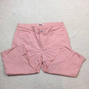 Lee Rider pink stretch mid rise capris